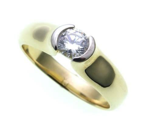 Damen Ring echt Gold 333 mit 1 großen Zirkonia poliert Gelbgold Qualität