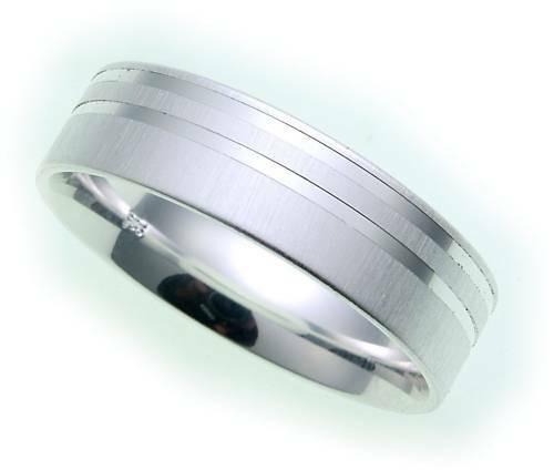Damen Ring echt Silber 925 mattiert diamantiert Sterlingsilber Qualität Z1138