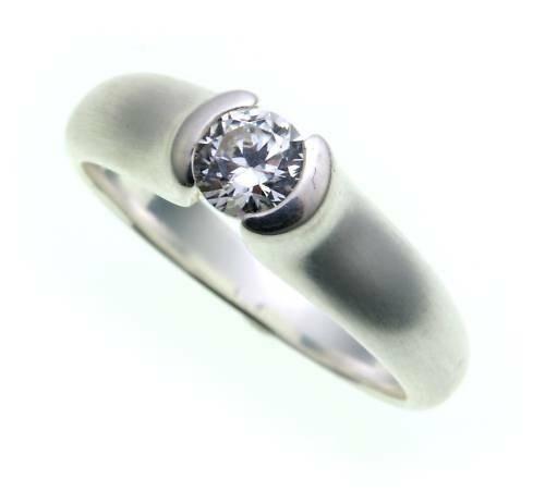 Damen Ring echt Silber 925 mit 1 Zirkonia Sterlingsilber