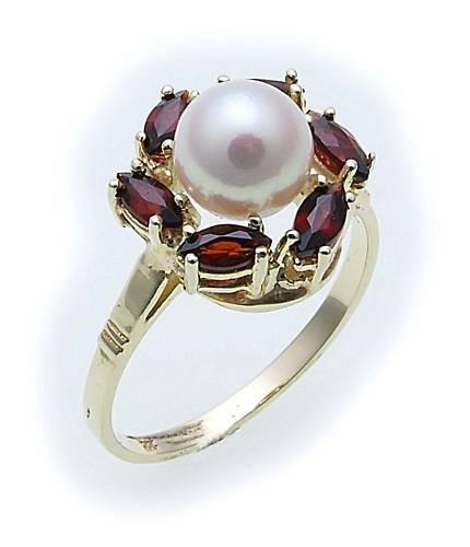 Damen Ring m. Granat u. Perlen in Gold 333 Gelbgold Granatring 8525/3GR.ZP