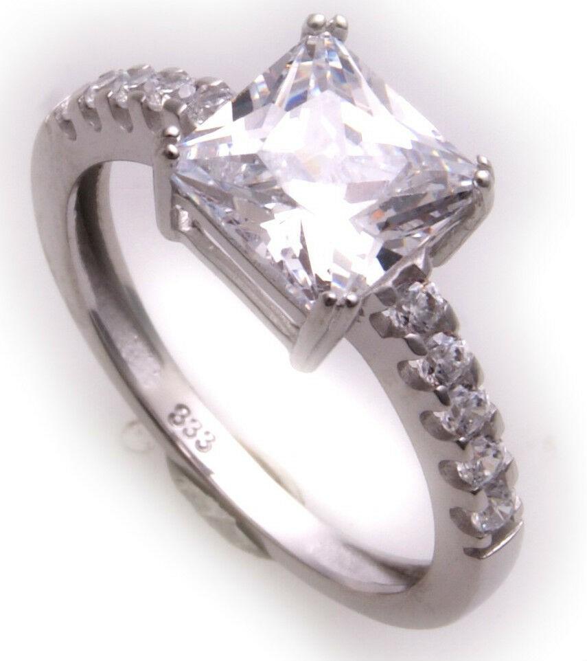 Damen Ring echt Weißgold 333 8kt Zirkonia Gold Top Z1700 ZI Damenring Solitär