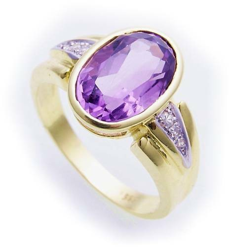Damen Ring echt Amethyst 12 x 8 Brillant 0,008ct echt Gold 585 14kt Gelbgold