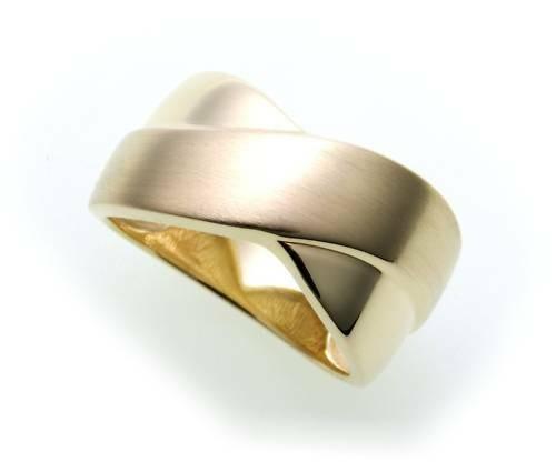 Damen Ring echt Gold 333 teilmattiert Gelbgold Qualität