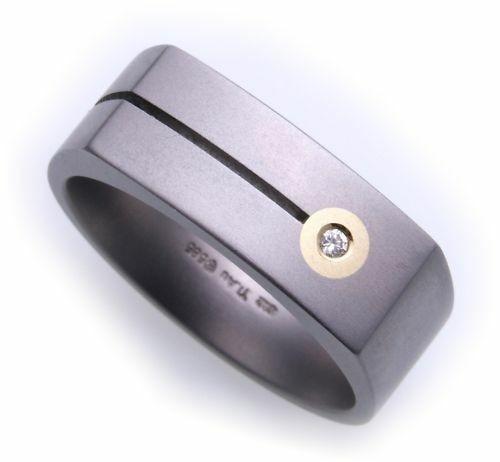 Herrenring Ring mit Brillant 0,02 in Titan mit Gold 750
