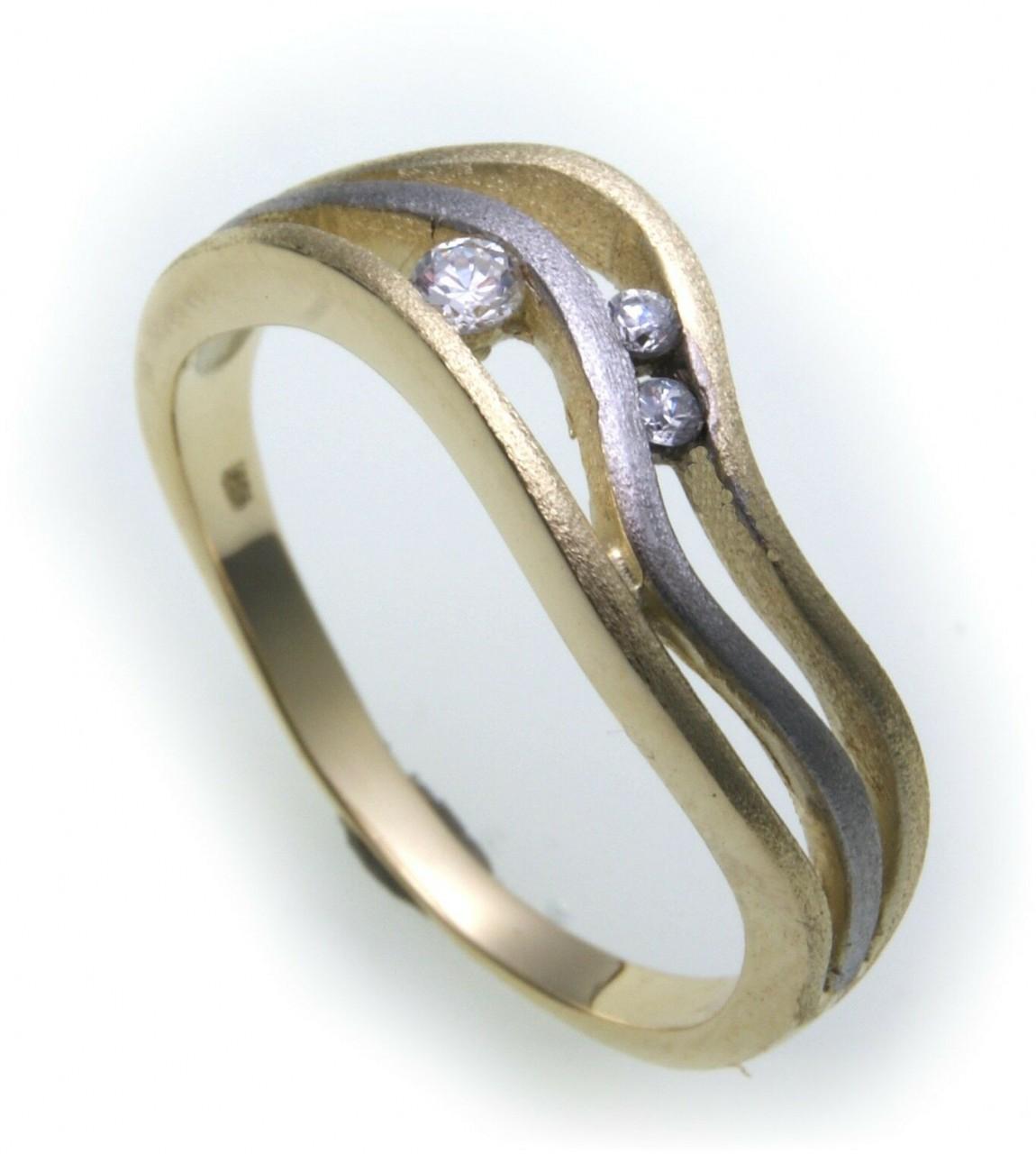Damen Ring Gold 333 3 Zirkonia mattiert teilrhod. Gelbgold Qualität