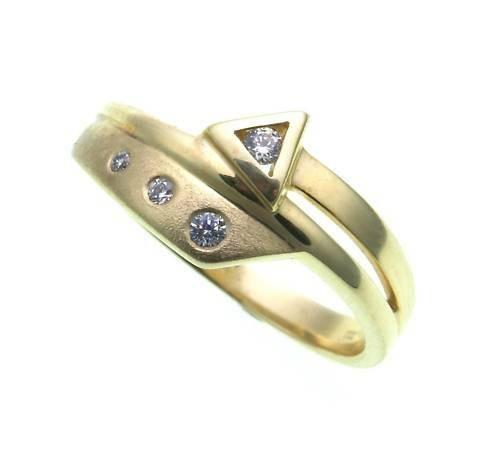 Damen Ring echt Gold 333 Zirkonia teilmattiert Gelbgold Qualität