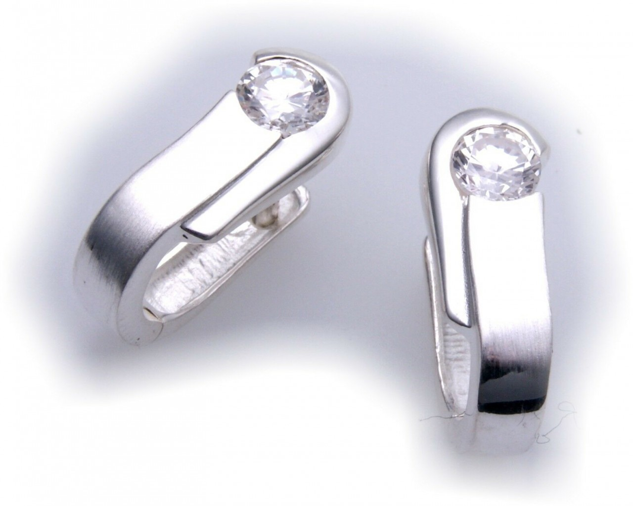 Ohrringe Creolen echt Silber 925 mit Zirkonia teilmatt Sterlingsilber