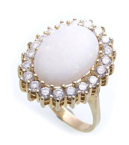Damen Ring echt Opal 16 x 12 echt Gold 333 Zirkonia Gelbgold